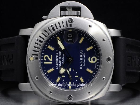 Officine panerai luminor submersible 1000m pam 87 della for Officine panerai milano