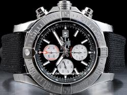Breitling Super Avenger II A1337111 Quadrante Nero